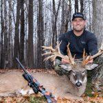 Trophy deer hunting in Wisconsin_IMG_30830