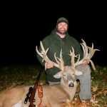 Trophy whitetail hunting in Wisconsin_corporate hunts_IMG_9945